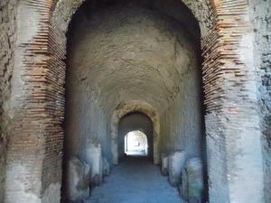l-entree-des-gladiateurs-pompei
