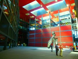 la-reina-sofia-est-un-musée-d-art-contemporaint