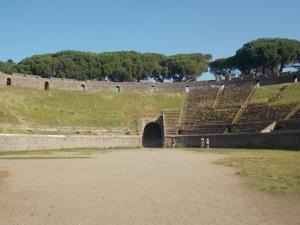 le-grand-amphitheatre-de-pompei