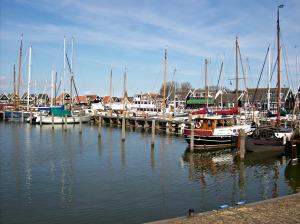 Le port de Marken a du charme