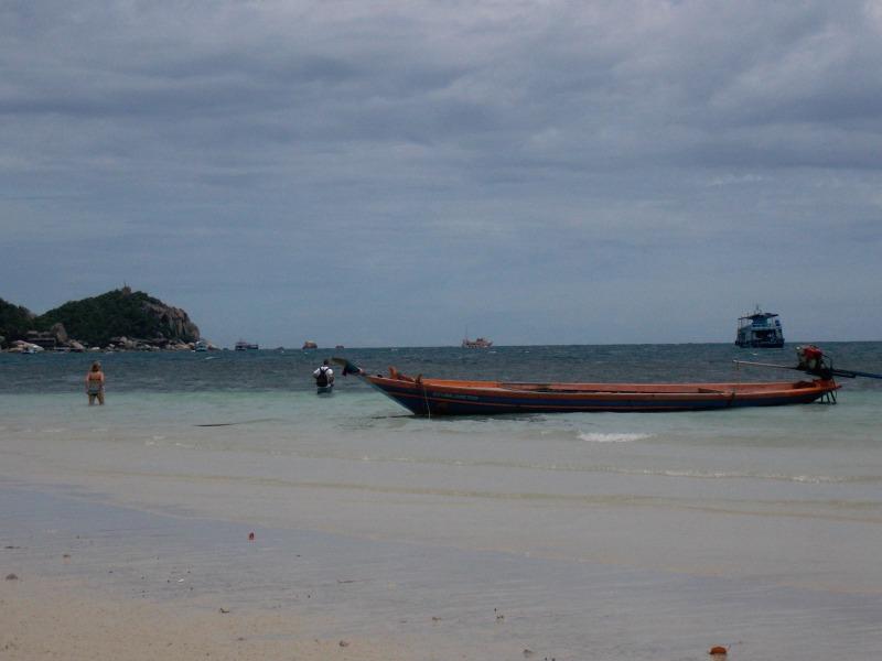 bateaux-sairee-beach